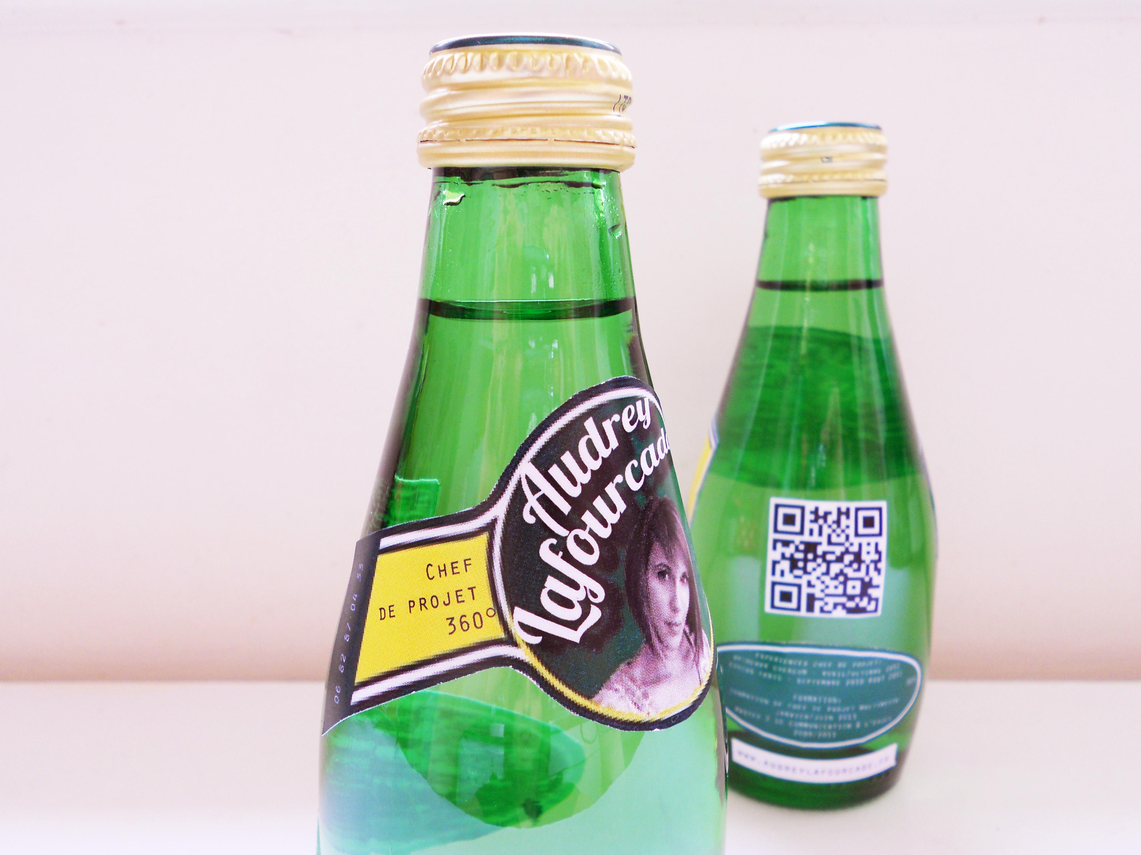 le cv sous forme de bouteille   p u00e9tillant  frais et bien