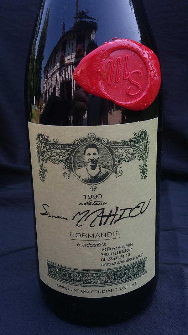 le ch u00e2teau simon mahieu  un  u201ccv bouteille de vin u201d  u00e0